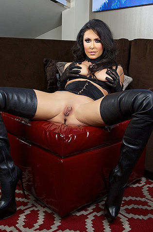 Jessica Jaymes In Long Boots