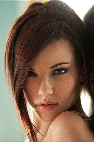 Beauty Elizabeth Marxs