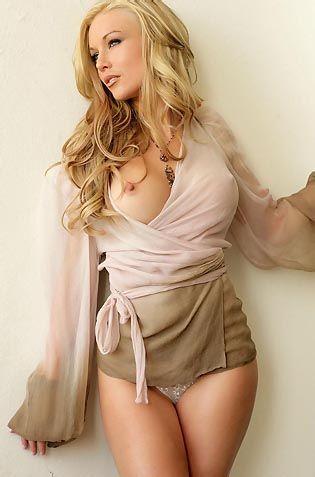Kayden Kross Looks Gorgeous